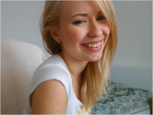 Blonde Cam Model at MyFreeCams.com