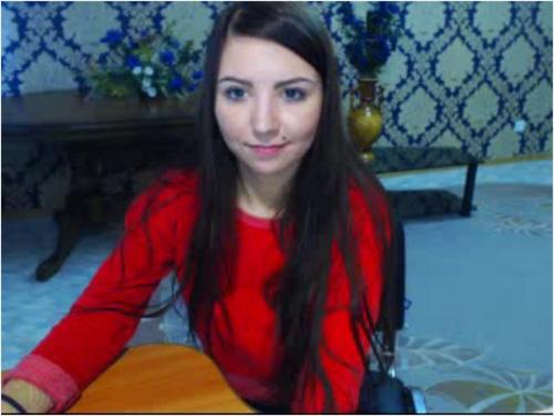 Screenshot of Cute Brunette Cam Model