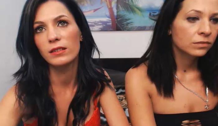 Screaming Hot ImLive Lesbians Offer the Best Shows