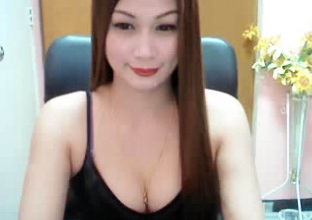 Live Chat With Real Asian Webcam Stars