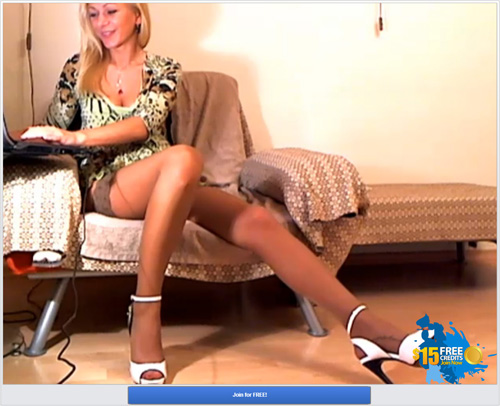 Screenshot of Long-Legged Blonde Cam Model