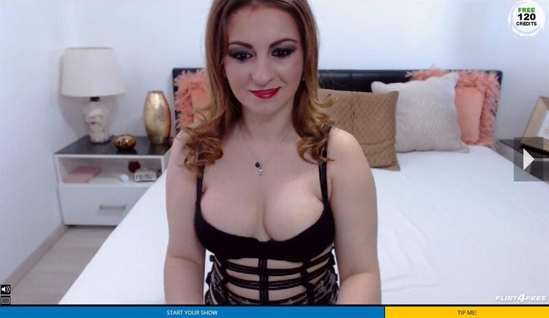 Shemale webcam model on Flirt4Free