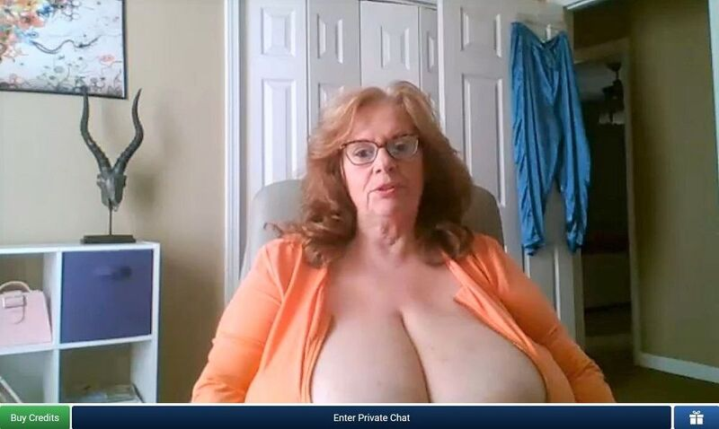 BBW milf with huge tits flirting with viewers on ImLive